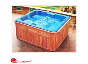 Bồn tắm Govern spa-001